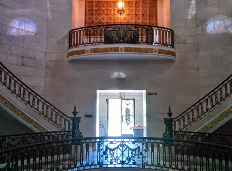 Oak Grove Cemetery mausoleum stairs