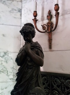 Oak Grove Cemetery mausoleum figure