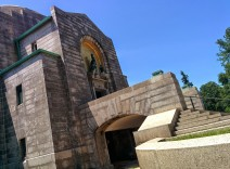 Oak Grove Cemetery mausoleum port cochere