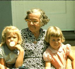 Harp (The Castle's Building Manager) & Gordon's Sisters, 1954