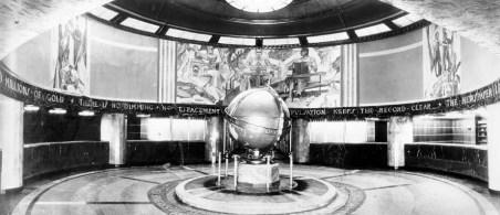 Globe Lobby in 1935 Kaufmann Building