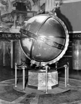 Globe Lobby circa 1965